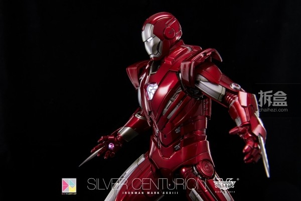 hottoys-silver-Centurion-Dick-43