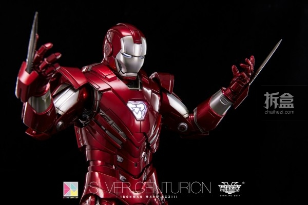 hottoys-silver-Centurion-Dick-5