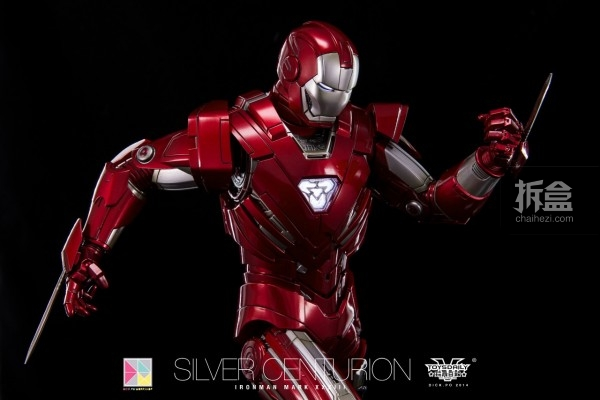 hottoys-silver-Centurion-Dick-6