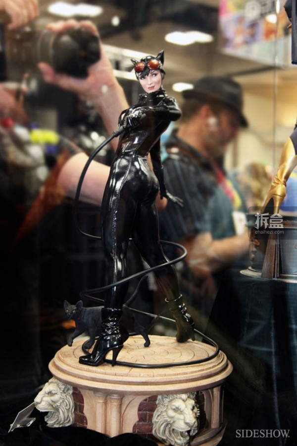 sideshow-2014sdcc-booth-014