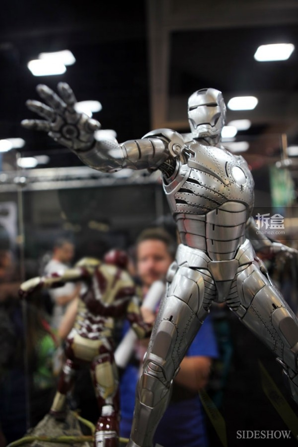 sideshow-2014sdcc-booth-049