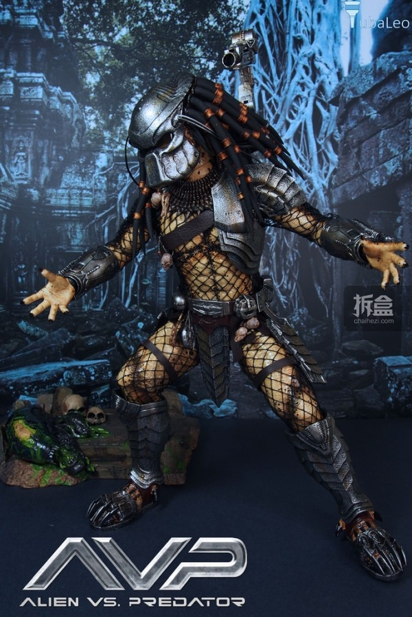 HotToys-AVP-2014-ancient-predator-irontuba-002