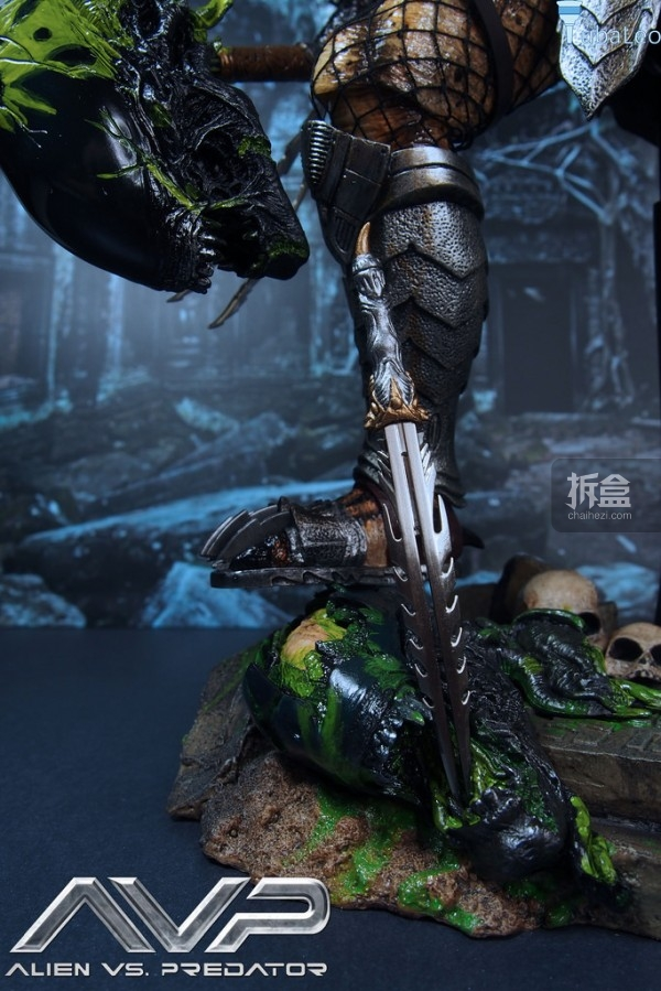 HotToys-AVP-2014-ancient-predator-irontuba-017