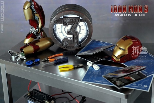 HotToys-mark42-magiam-004