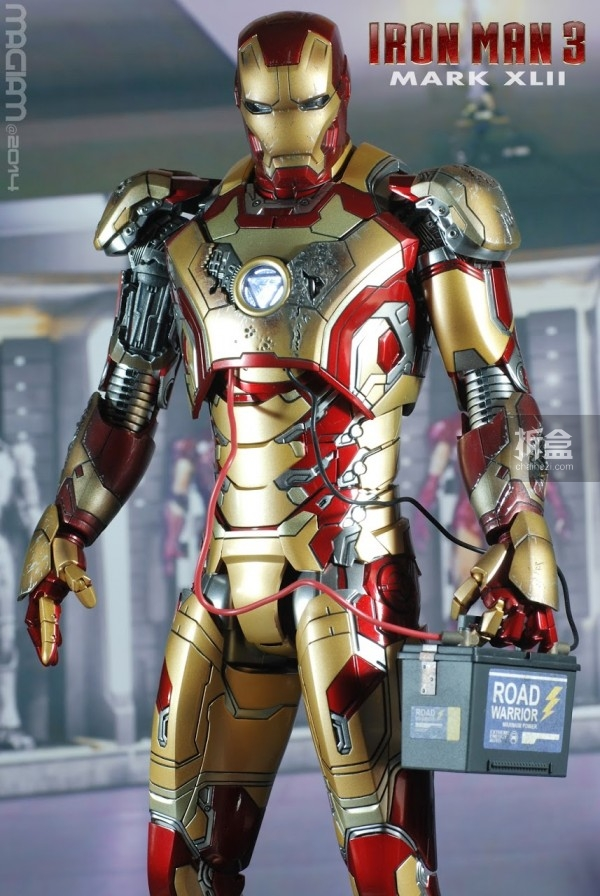 HotToys-mark42-magiam-006