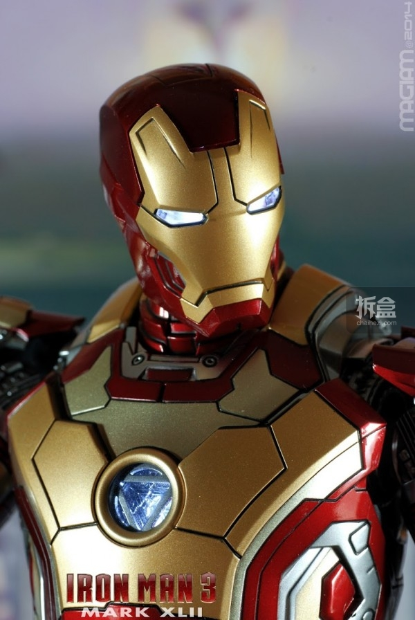 HotToys-mark42-magiam-007