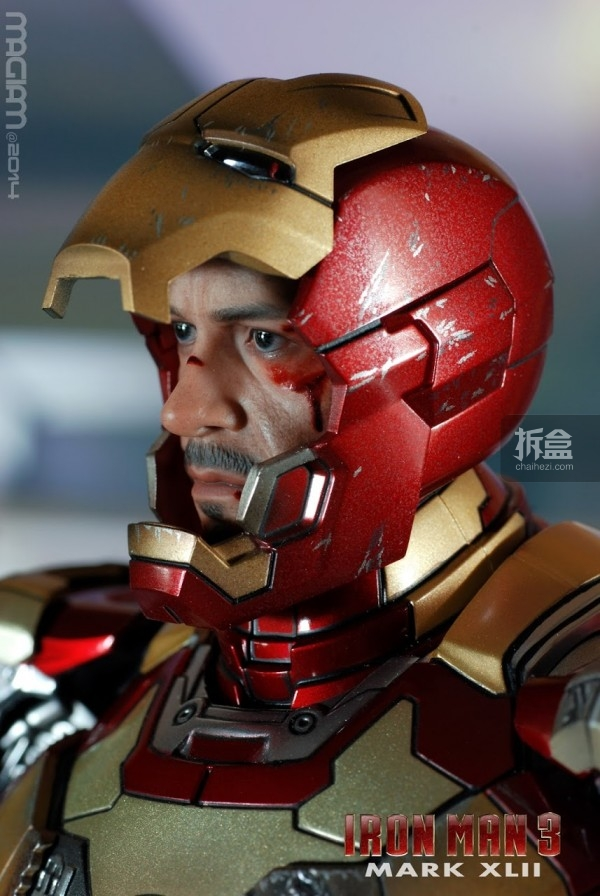 HotToys-mark42-magiam-010
