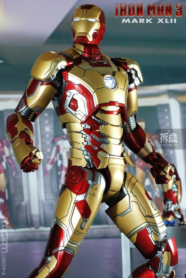 HotToys-mark42-magiam-013