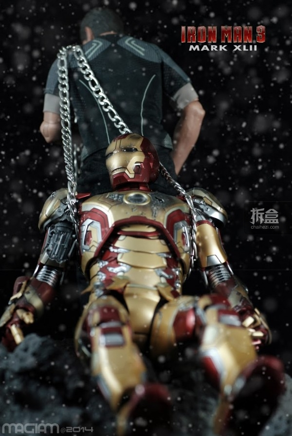 HotToys-mark42-magiam-017