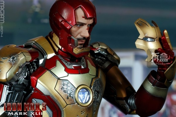 HotToys-mark42-magiam-021