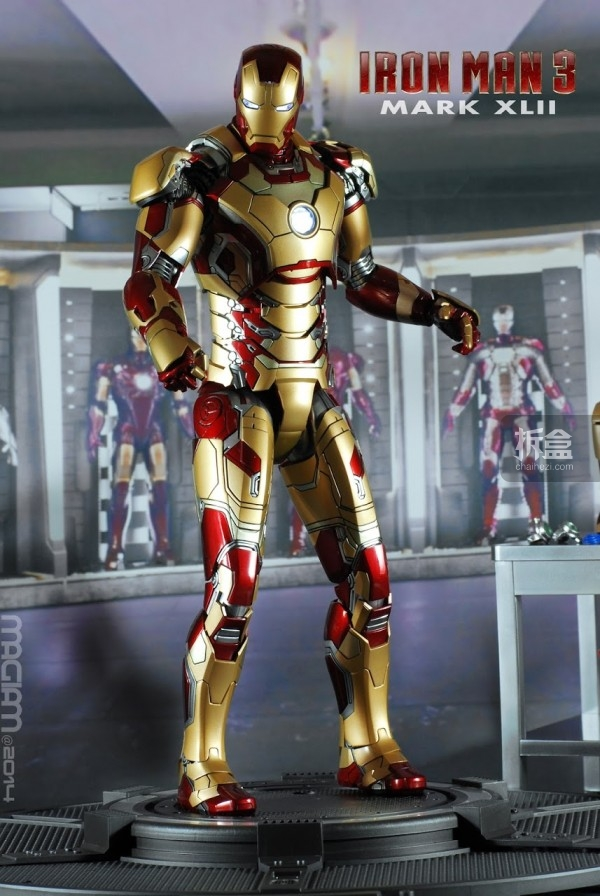HotToys-mark42-magiam-024