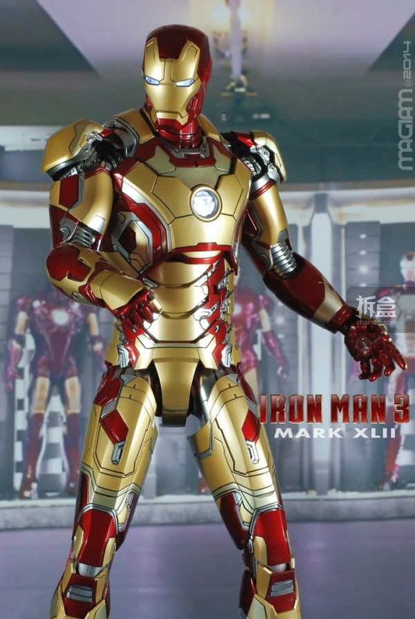 HotToys-mark42-magiam-033