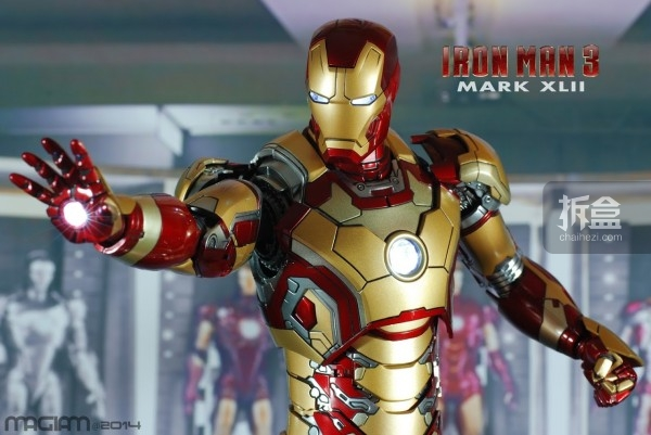 HotToys-mark42-magiam-035