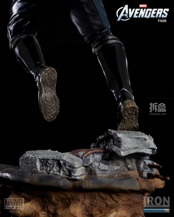 IronStudios-averagers-statue-THOR-001