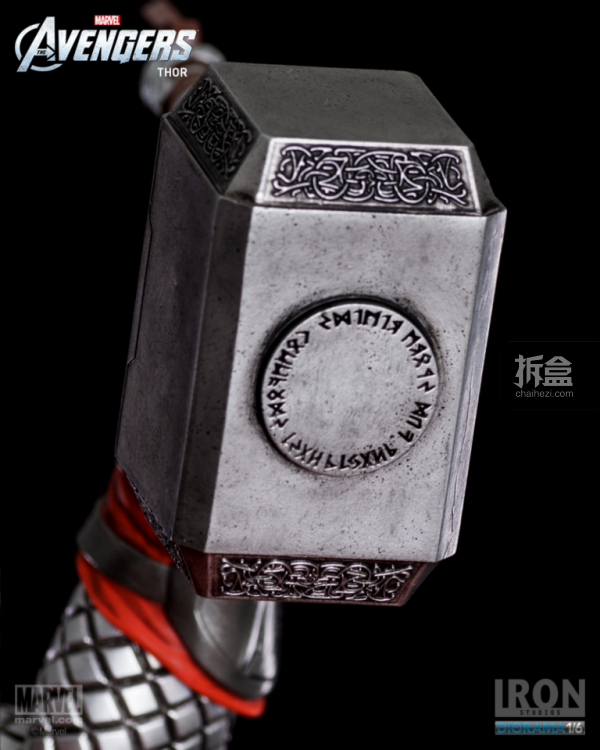 IronStudios-averagers-statue-THOR-023