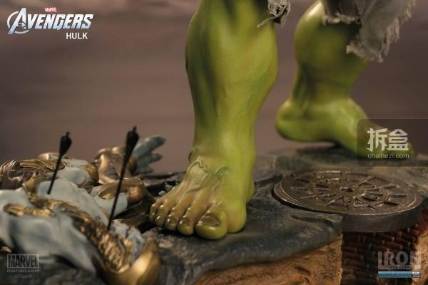 IronStudios-averagers-statue-hulk-001