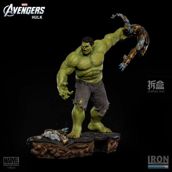 IronStudios-averagers-statue-hulk-008