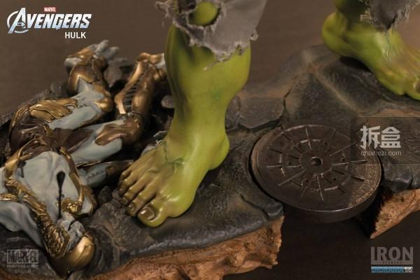 IronStudios-averagers-statue-hulk-010