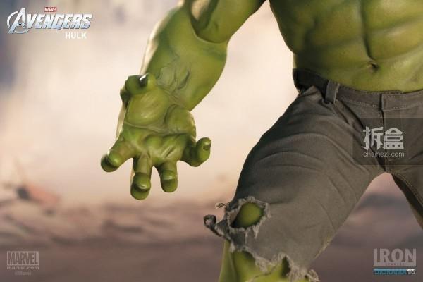 IronStudios-averagers-statue-hulk-014