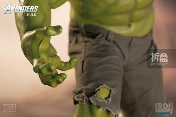 IronStudios-averagers-statue-hulk-015