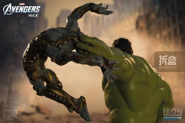 IronStudios-averagers-statue-hulk-018