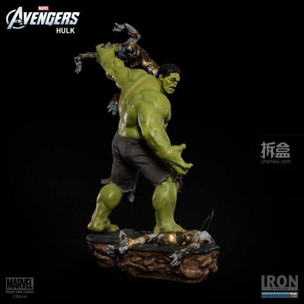 IronStudios-averagers-statue-hulk-019