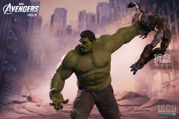 IronStudios-averagers-statue-hulk-023