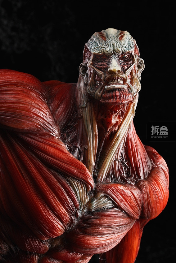 The-Colossus-Titan-TAKAYUKI-TAKEYA-Ver (6)