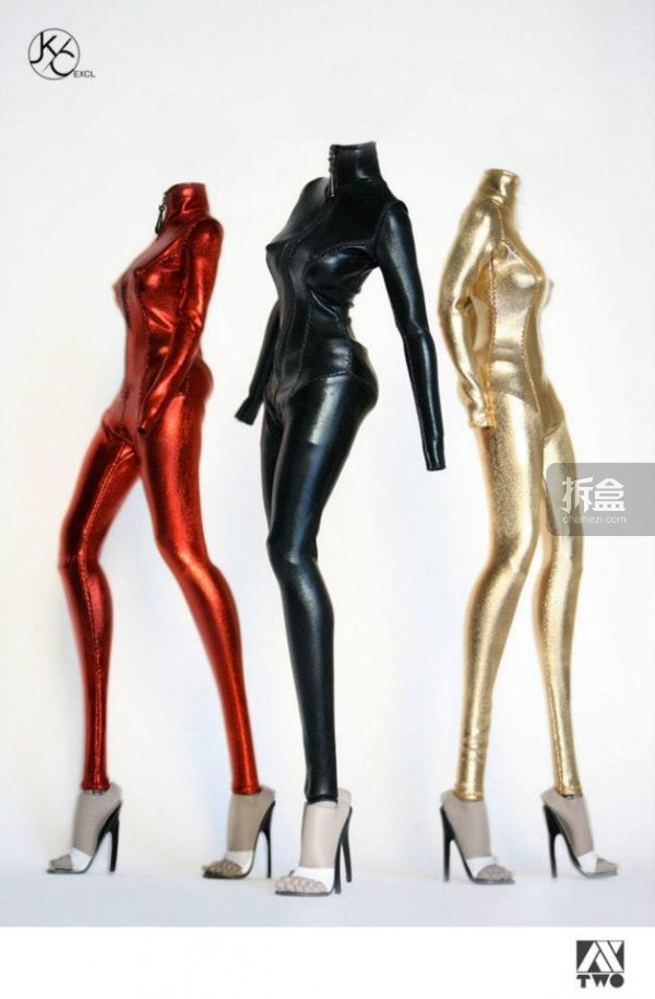 AX2 STUDIO早期推出的1:6玩偶服饰