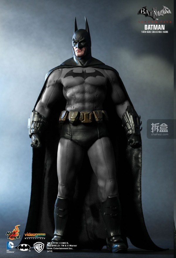 hottoys-ARKHAMCITY-BATMAN (1)