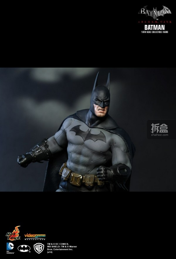hottoys-ARKHAMCITY-BATMAN (10)