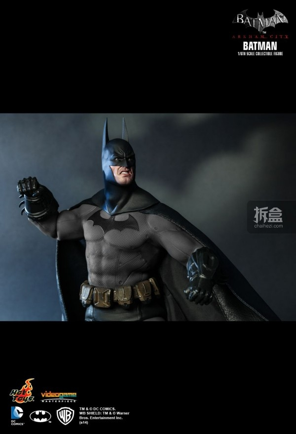 hottoys-ARKHAMCITY-BATMAN (11)