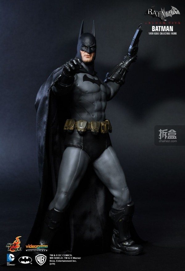hottoys-ARKHAMCITY-BATMAN (3)