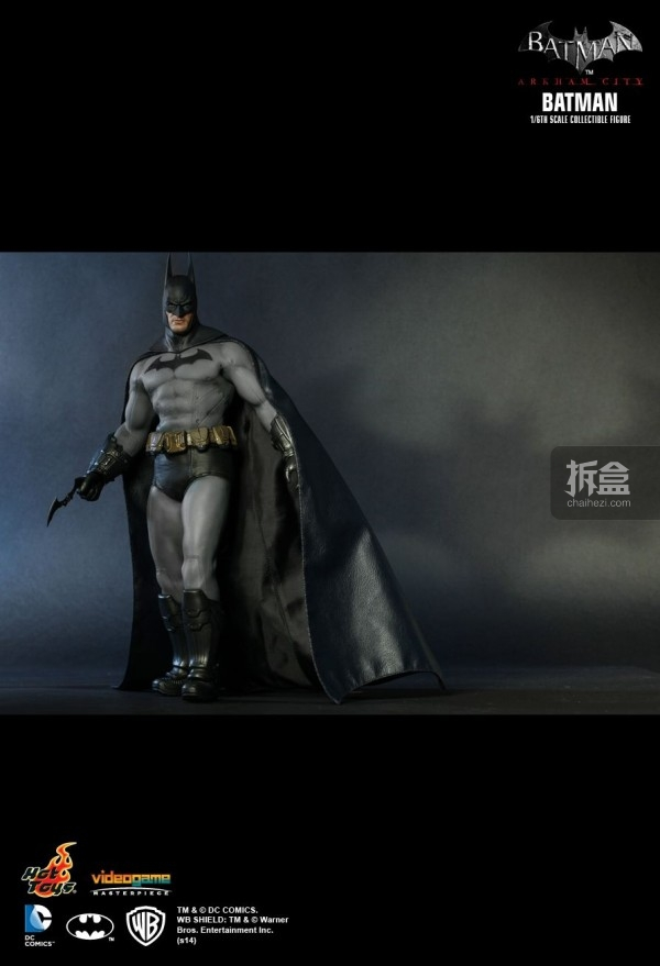 hottoys-ARKHAMCITY-BATMAN (4)