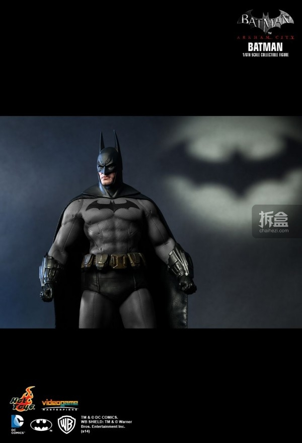 hottoys-ARKHAMCITY-BATMAN (6)