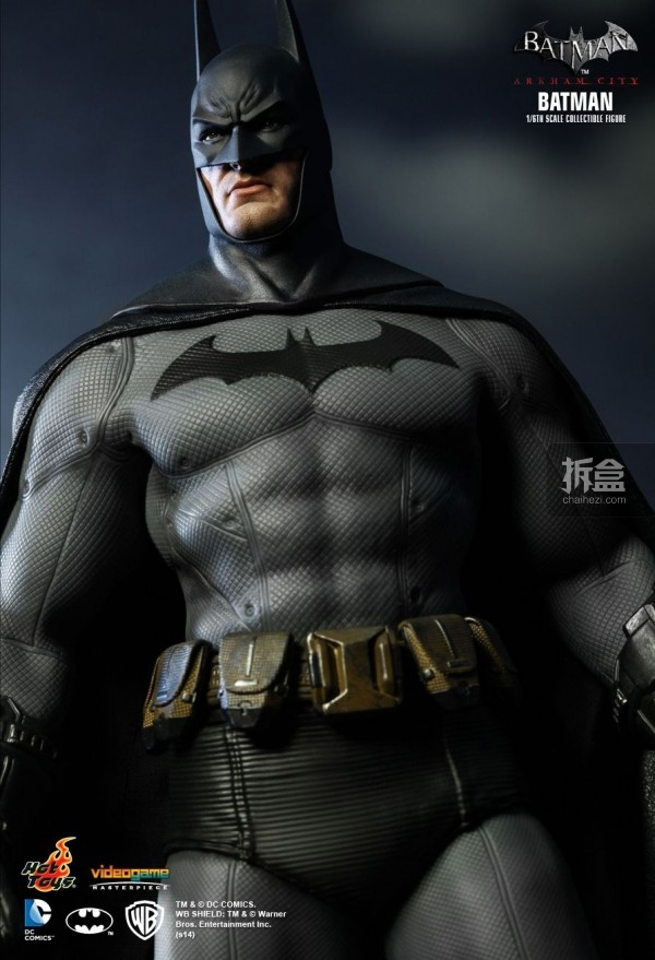 hottoys-ARKHAMCITY-BATMAN