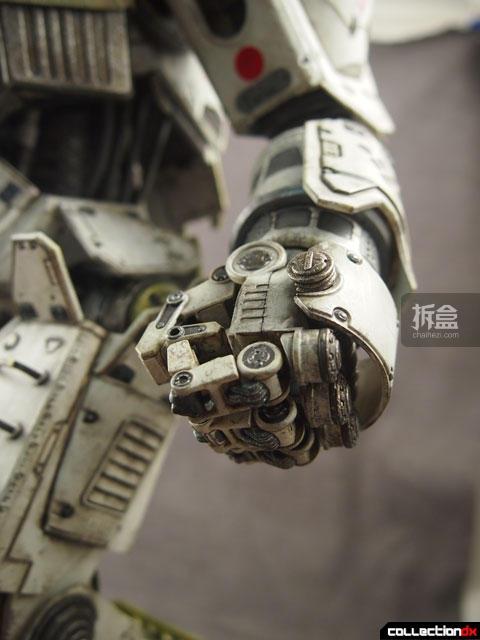 threezero-titanfall-Atlas-JoshB (17)