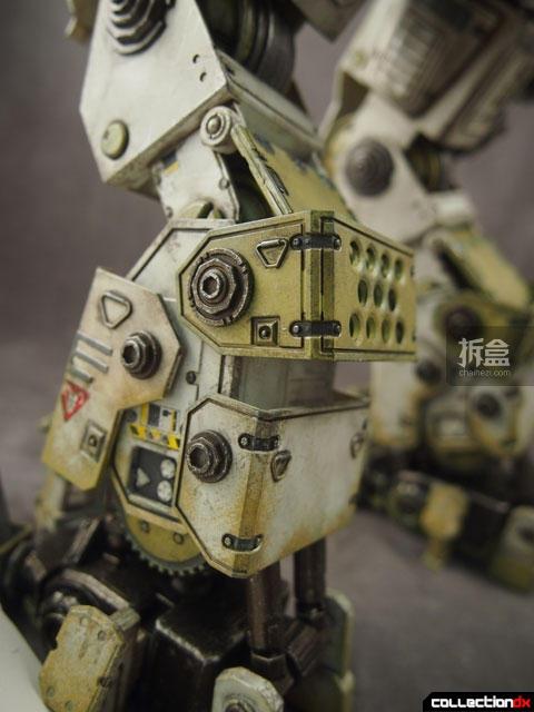 threezero-titanfall-Atlas-JoshB (8)
