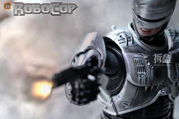 HT-robocop-peter (13)