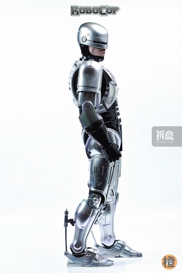 HT-robocop-peter (17)