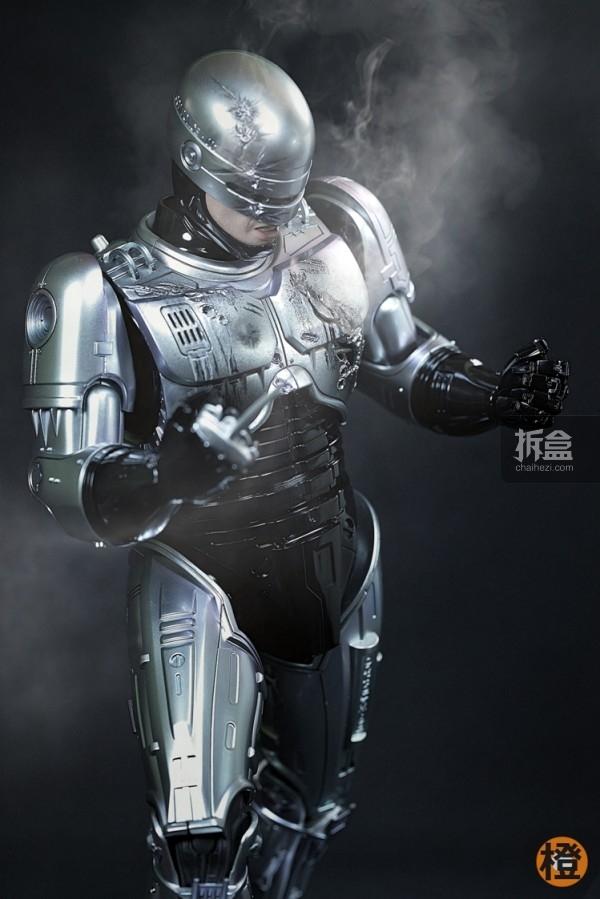 HT-robocop-peter (5)