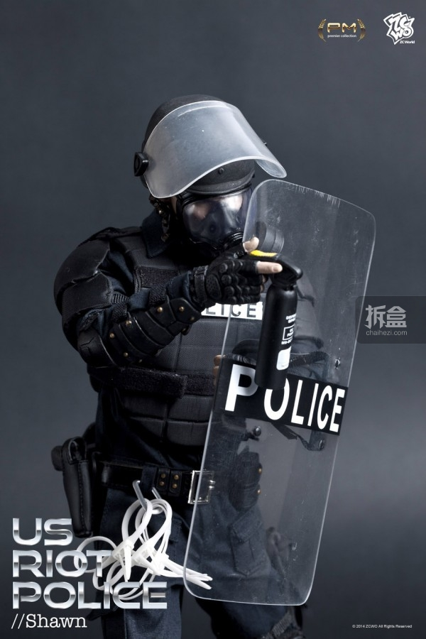 ZCWO-US-Riot Police (1)