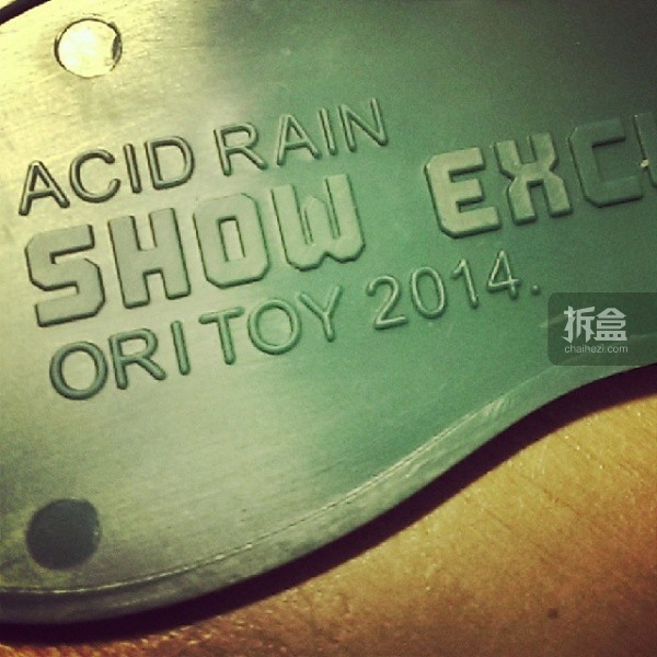 ori-toy-acid-rain-2014-show-exclusive-003