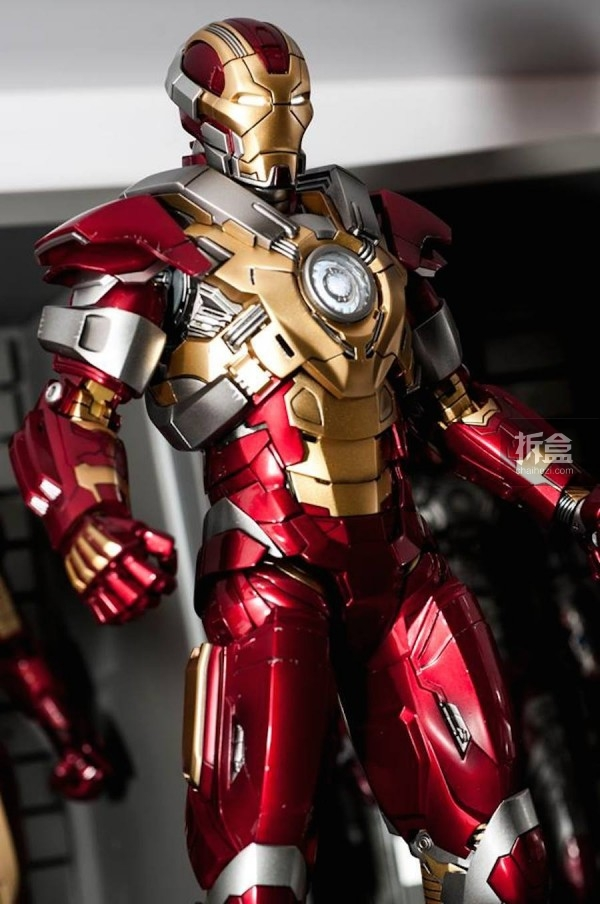 HOTTOYS IRONMAN HOUSE PARTY PROTOCOL-jo (2)