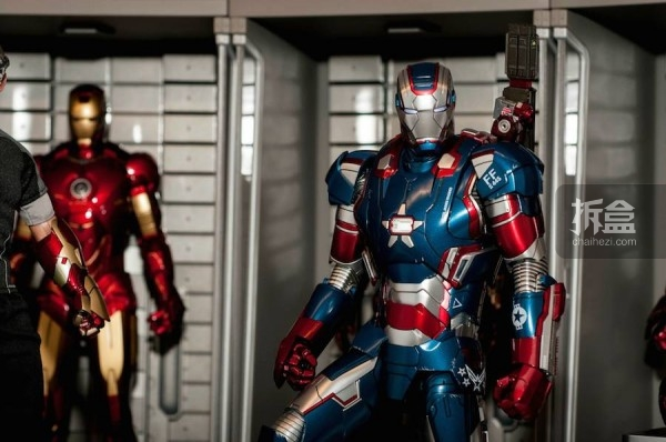 HOTTOYS IRONMAN HOUSE PARTY PROTOCOL-jo (39)