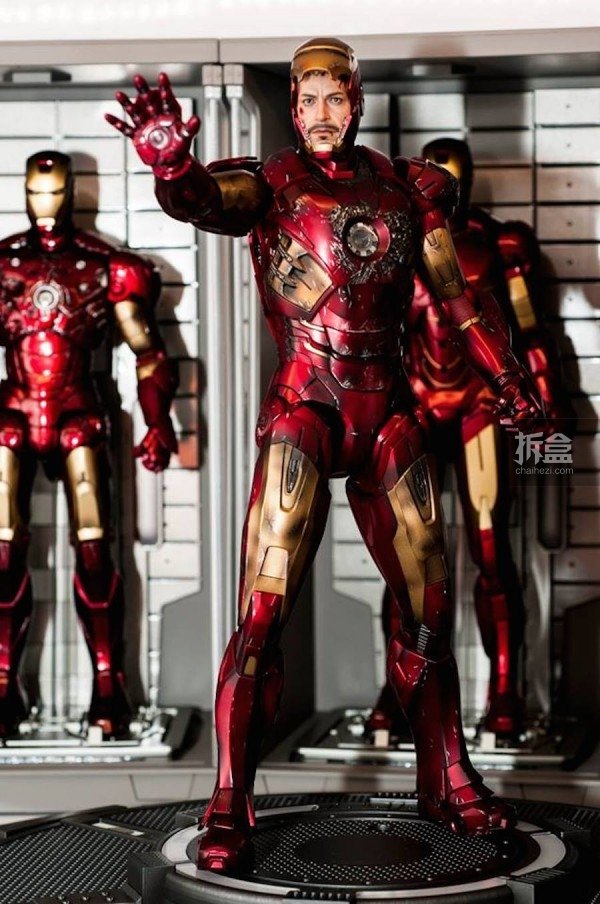 HOTTOYS IRONMAN BD MARK 7