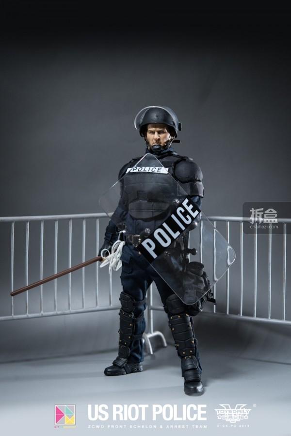 ZCWO-USRIOT-Police-Dickpo (15)