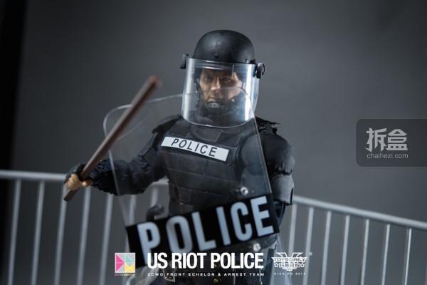 ZCWO-USRIOT-Police-Dickpo (18)