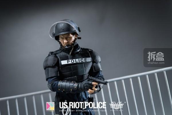 ZCWO-USRIOT-Police-Dickpo (38)