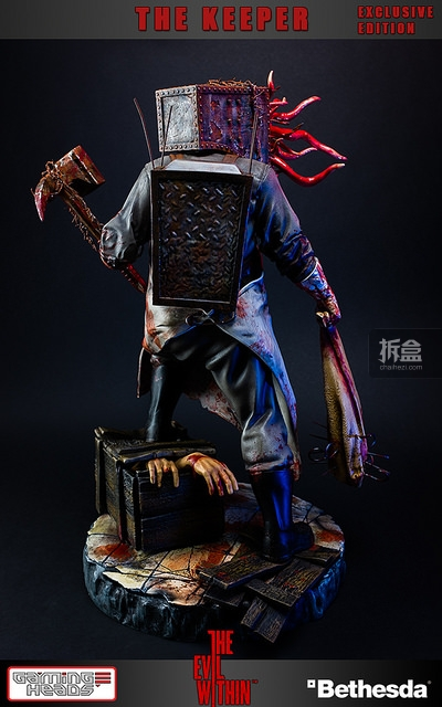 gamingheads-thekeeper-statue (3)